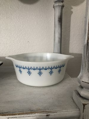 Vintage Pyrex Dish for Sale in Modesto, CA