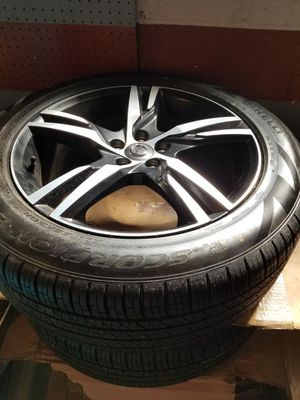 2018 Volvo XC60 R Design Wheels and Tires for Sale in Chicago, IL