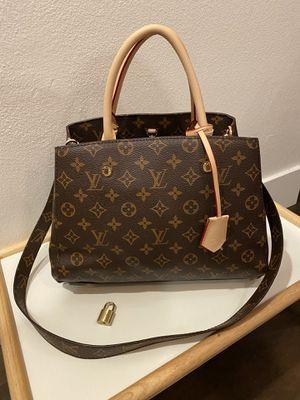 Louis Vuitton bag Montaigne MM for Sale in San Diego, CA