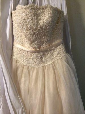 Wedding Dress for Sale in Goldsboro, NC