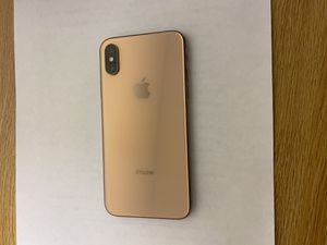 Fully unlocked 64g iPhone XS for Sale in Elon, NC