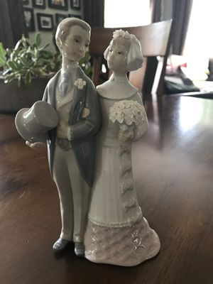 Lladro bride and groom figurine for Sale in Beaverton, OR