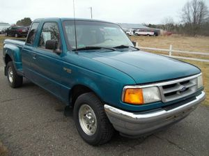 Green 1996 Ford ranger extended cab for Sale in Dallas, TX