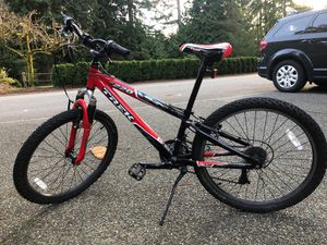Mountain trek 220 Red for Sale in Mill Creek, WA