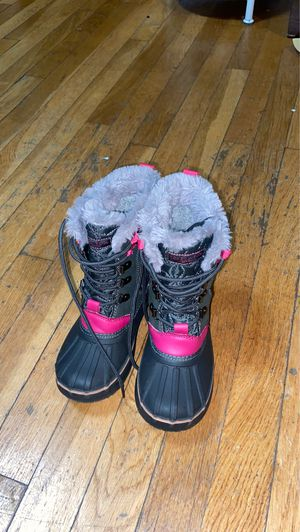 Girls snow boots for Sale in Lynn, MA