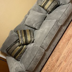 Sectional Couch for Sale in Portland, OR
