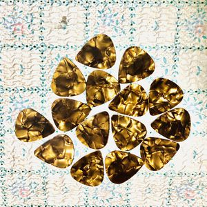 15 New BROWN GOLD Pearl Shell Color Guitar Picks Medium 0.71mm Thick, Keyboards: Fender, Bass, Acoustic, Effects for Sale in Claremont, CA