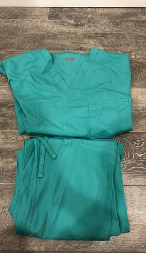Never worn scrubs- Size Large for Sale in Queens, NY