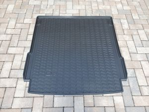 2017, 2018, 2019, 2020 Audi Q7 OEM All Weather Cargo Mat for Sale in Lutz, FL