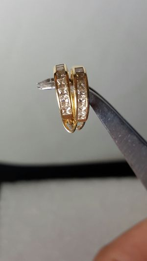 Earing Diamonds with 14 K yellow gold for Sale in Portland, OR