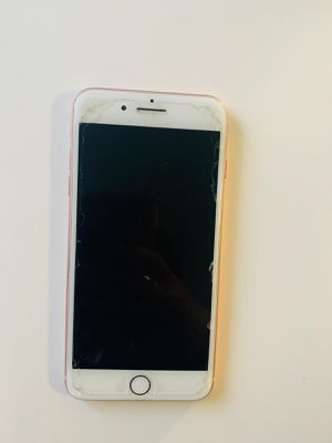 iPhone 8 Plus for Sale in Aurora, CO