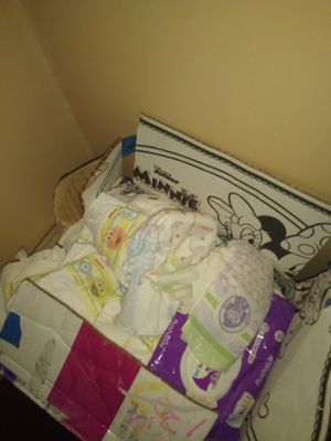 135 Huggies newborn diapers for Sale in Milton, FL
