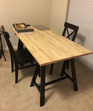 Dinner table / work table with chairs for Sale in Pittsburgh, PA