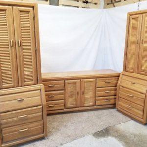 Vaughn Vaughn Of Virginia Coastal Dresser & Unique Nightstands Virginia Coastal Dresser & Unique Nightstands + Big Mirror for Sale in Rocky Hill, CT