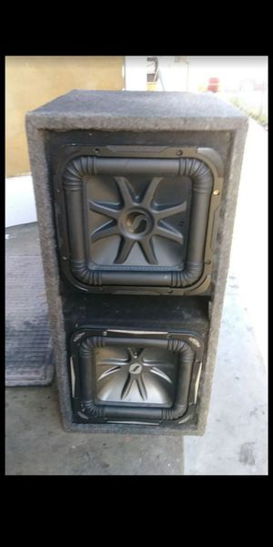 2 kickers L7 subwoofers10s for Sale in Vernon, CA