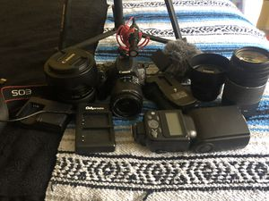 Beginner Video kit Canon SL2( willing to sell separate for Sale in Atlanta, GA