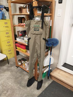 Sportsman's Warehouse Hodgman Wadelite chest waders. Small. Excellent condition. for Sale in Gig Harbor, WA