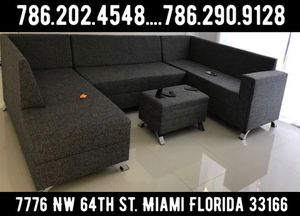 Large U sectional couch sofa for Sale in Miami, FL