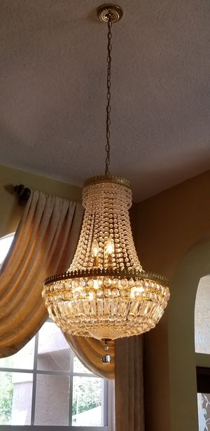 Chandelier for Sale in Palm Harbor, FL