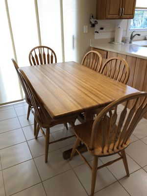 Kitchen Table & 6 Matching Chairs for Sale in Buffalo Grove, IL