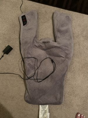 HOMEDICS VIBRATION MASSAGE WRAP WITH SOOTHING HEAT SHOULDER & NECK MASSAGER for Sale in Downers Grove, IL