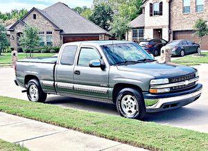 ֆ12OO 4WD CHEVY SILVERADO 4WD for Sale in Virginia Beach, VA