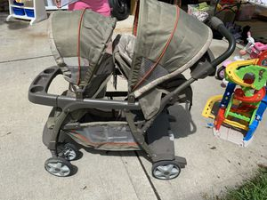 Double sit and stand stroller for Sale in Schaumburg, IL