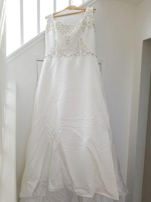 Wedding Dress Gown for Sale in Alameda, CA