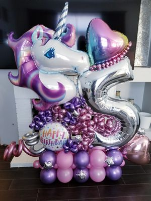 Unicorn balloon buquet for Sale in Corona, CA
