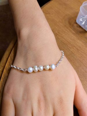Dainty Natural fresh water Pearl Bracelet for Sale in Peoria, IL