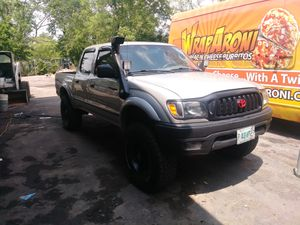 Toyota Tacoma 04 .....227 m for Sale in Indianapolis, IN