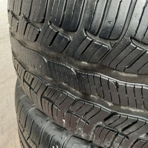 USED SET of TIRES 275/55/20 BFGOODRICH ADVANTAGE T/A for Sale in Garland, TX