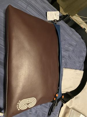 New men's COACH messenger bag for Sale in Seattle, WA