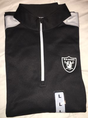 NEW Oakland Raiders Sweater size Large for Sale in Fresno, CA