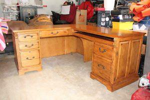 Oak L-Shaped Desk for Sale in San Antonio, TX