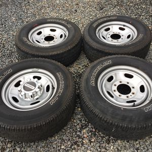 Ford F-250 F-350 Wheels And Tires for Sale in Seekonk, MA