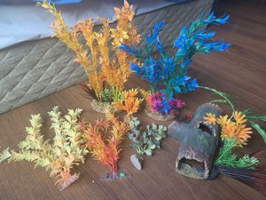 Fish tank decor for Sale in Santee, CA