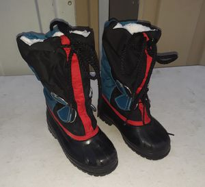 Kids Snow boots size Children 9 for Sale in Fresno, CA
