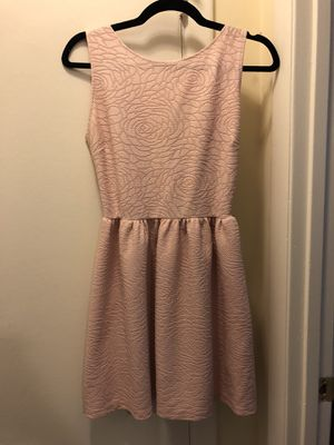 Medium Pink Party dress for Sale in Derwood, MD