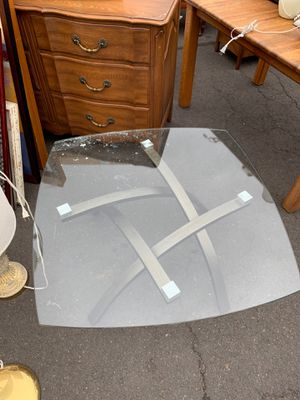 Glass top coffee table for Sale in Ashland, OR