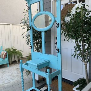 Antique Cottage/Farmhouse Hall Tree. Cheerful Turquoise Distressed Paint Finish Over Oak Wood With Pretty Oval Beveled Mirror. for Sale in San Clemente, CA