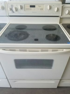 Whirlpool stove glass top. for Sale in Tampa, FL