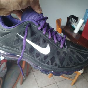 MENS AIR MAX SHOES for Sale in Everett, WA