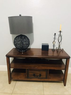 Pier1 Tuscan Brown tv stand/ entry/ accent table for Sale in LAUD BY SEA, FL