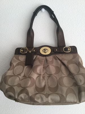 Coach bag for Sale in Everett, WA