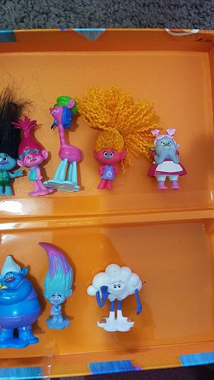 NEW MY BUSY BOOK TROLLS BOOK AND FIGURES for Sale in Perris, CA