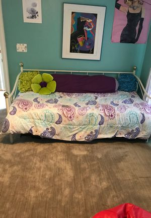 Day Bed - Sleeps Two Adults for Sale in Herndon, VA