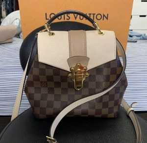 Louis Vuitton Clapton bag for Sale in Oakland, CA