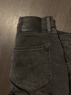 Levi 511 jeans for Sale in Chicago, IL