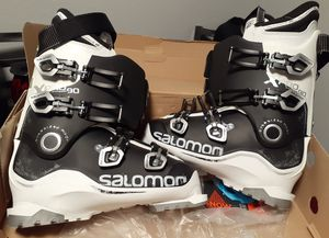 X PRO Salomon snow board boots. for Sale in Aurora, CO